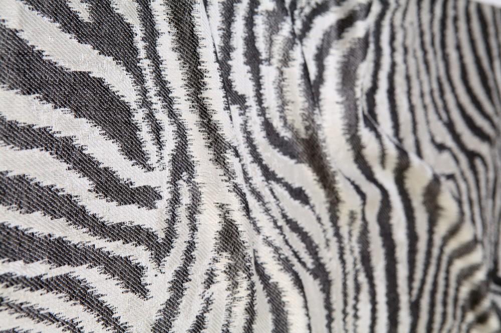 Zebra Texture<br/>100% Viscose